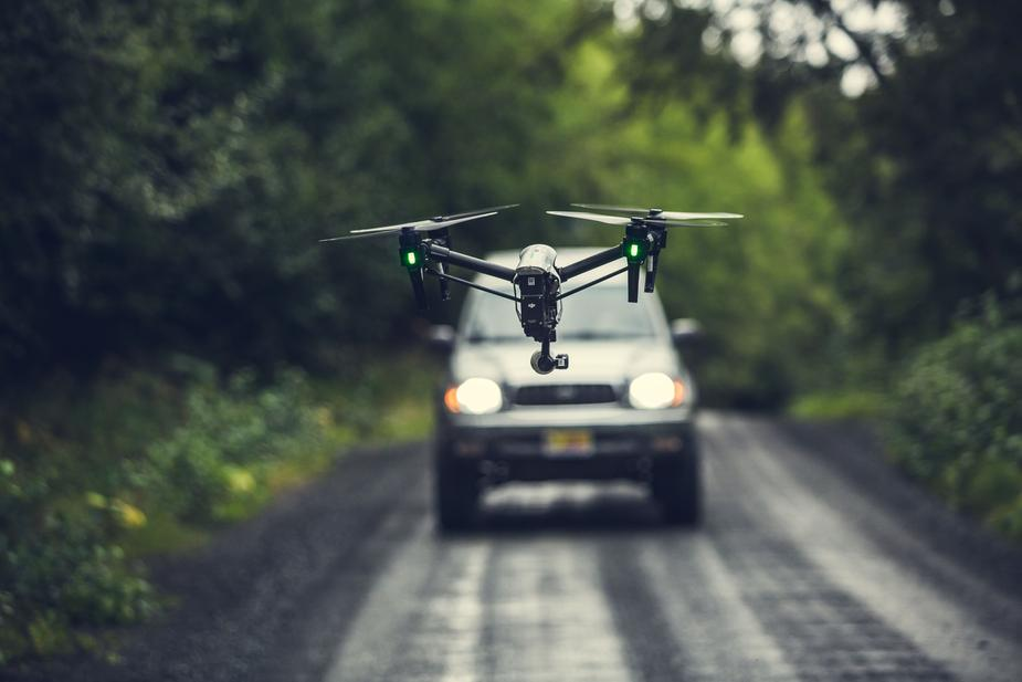 The Ultimate Buying Guide for Top 10 Drones That Follow People